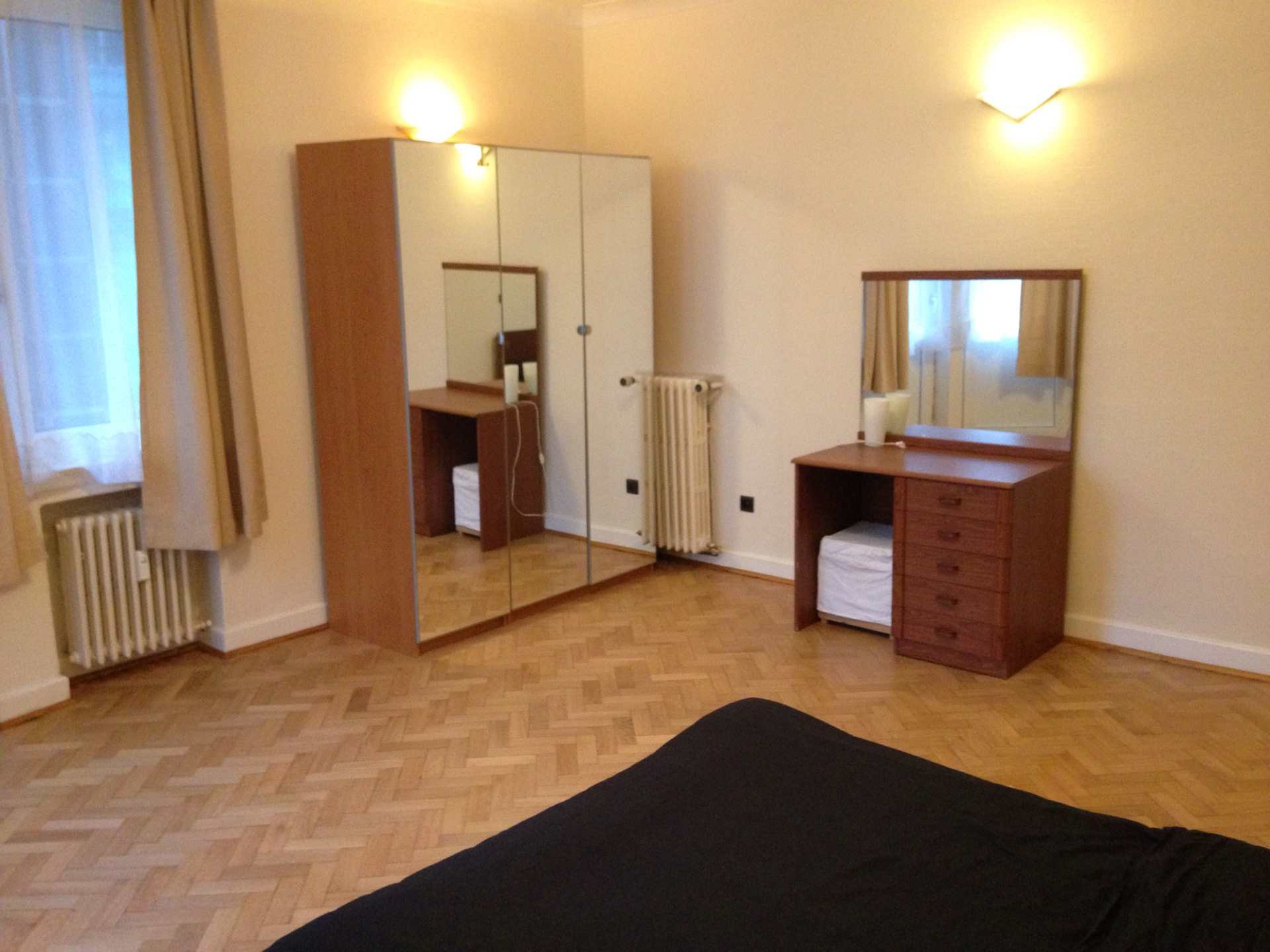 Rent Brussels Room